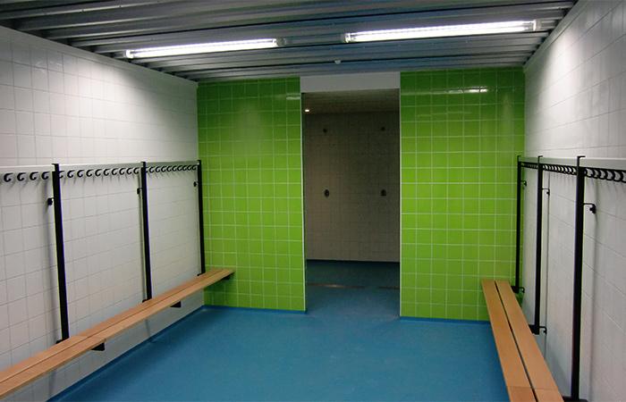 Sportzalen scholengemeenschap maarsbergen - Doucheruimte m ...