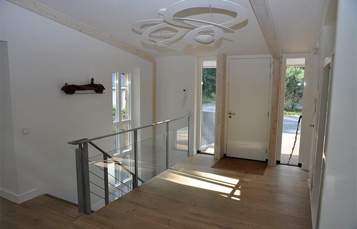 Villa interieur trap kasten - Interieur ontwerp trap ...